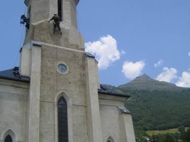 Réfection totale crépi - travaux sur corde - Eglise de Gèdre