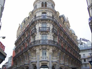 Rénovation & Hydro-gommage  - façades  Hôtel de prestige